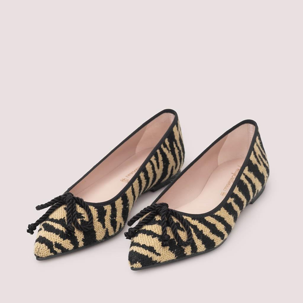 Ella|כאמל|שחור|נעלי בובה|נעלי בלרינה|נעליים שטוחות|נעליים נוחות|ballerinas
