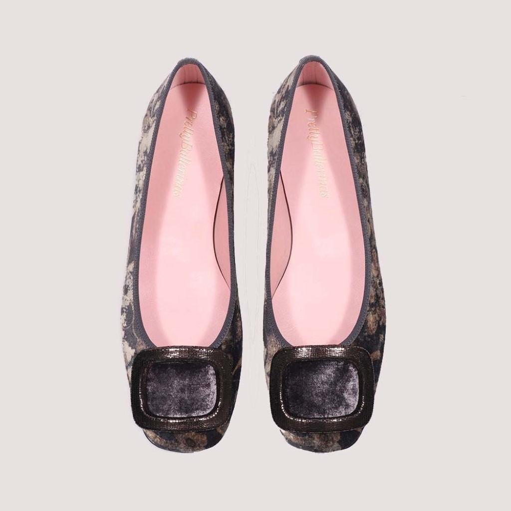 Zoey|חום|כאמל|אבן|אפור|נעלי בובה|נעלי בלרינה|נעליים שטוחות|נעליים נוחות|ballerinas