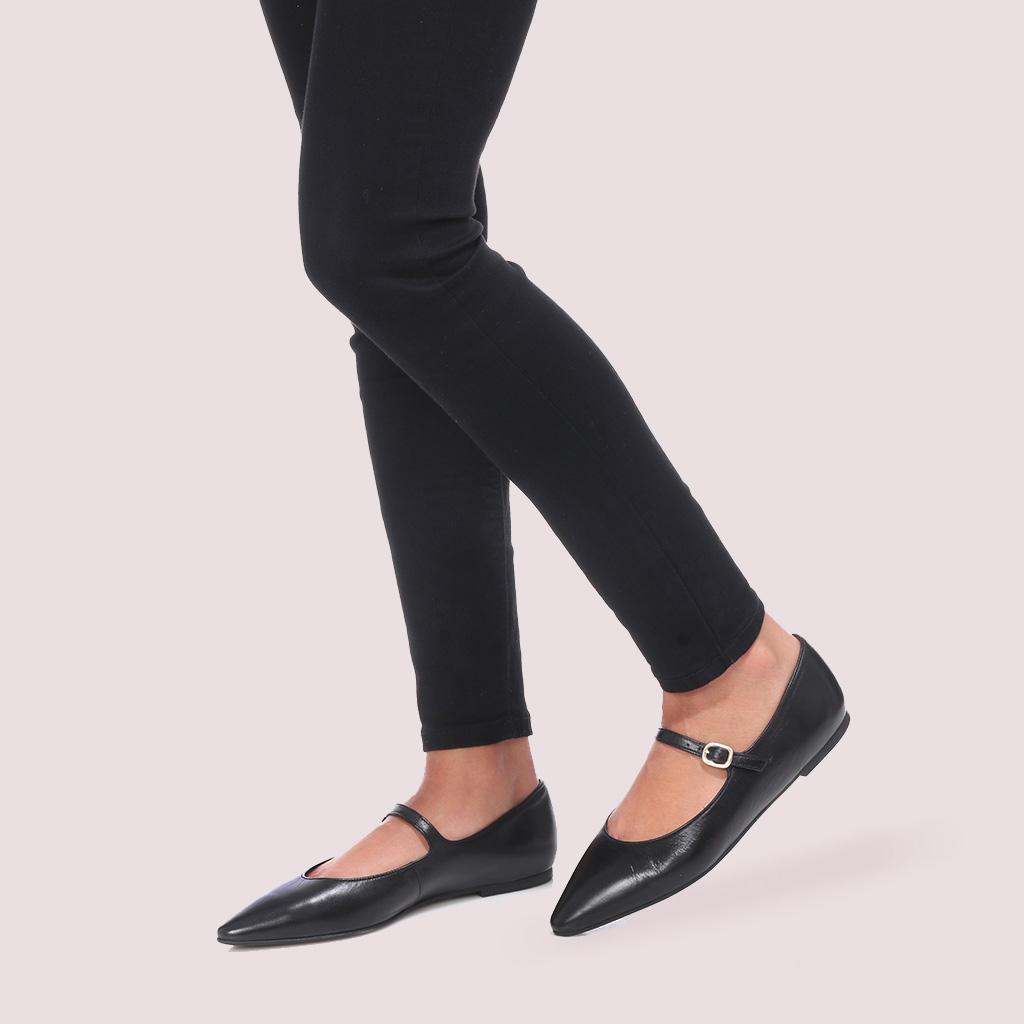 Tyra|שחור|נעלי בובה|נעלי בלרינה|נעליים שטוחות|נעליים נוחות|ballerinas