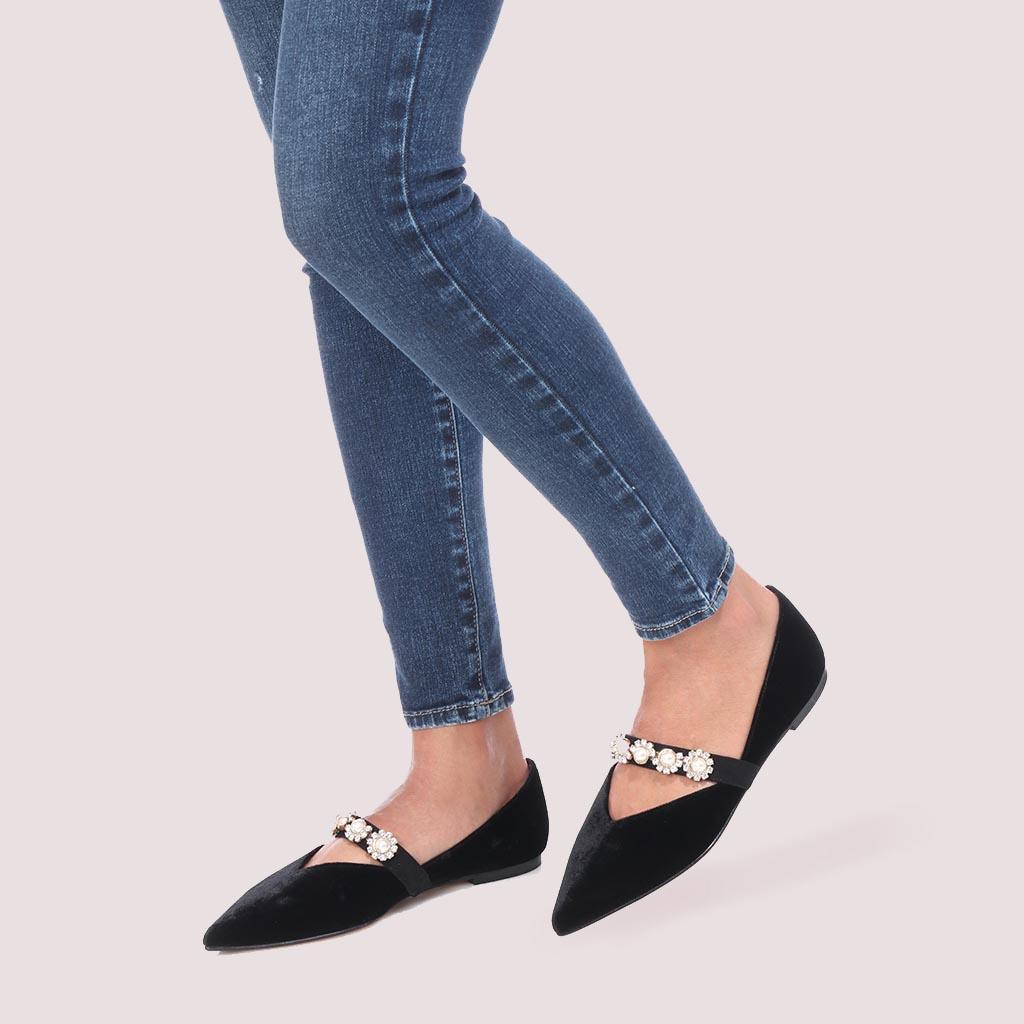 Ella|שחור|נעלי בובה|נעלי בלרינה|נעליים שטוחות|נעליים נוחות|ballerinas