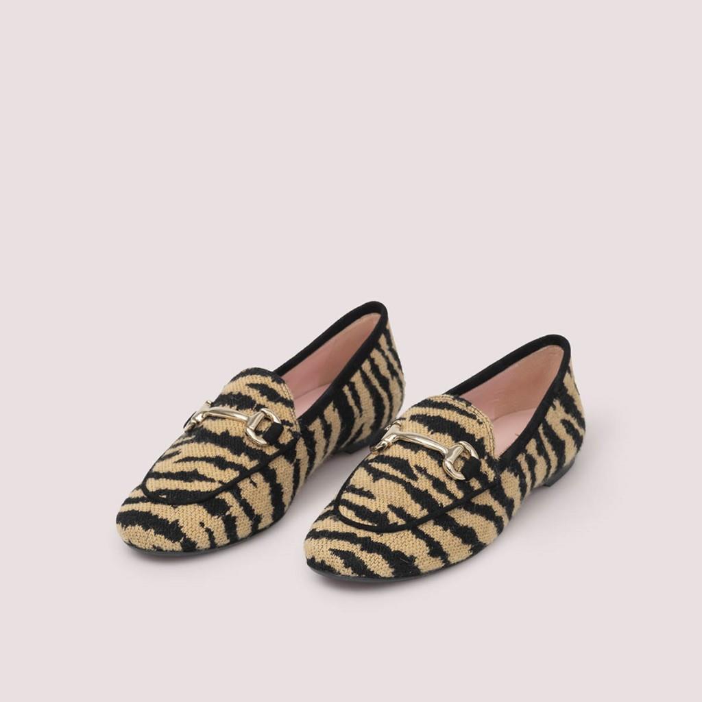 Faye כאמל שחור מוקסין מוקסינים נעליים שטוחות moccasin